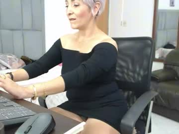 [28-09-21] juli_mature video with dildo from Chaturbate.com