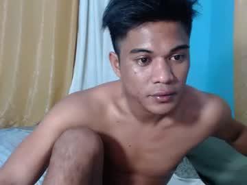 [05-01-20] johnxx_cum4u webcam show from Chaturbate.com