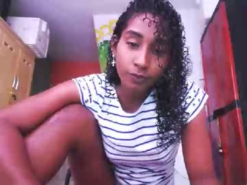 [20-01-20] yohatinelly96 webcam show from Chaturbate